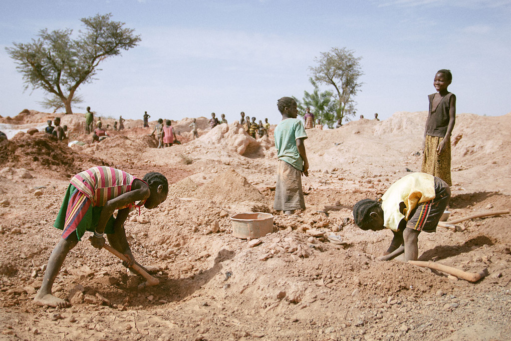 Children have to work in the artisanal gold mines at bouda to support their families, despite the fact that child labour is illegal in Burkina Faso. March 2014